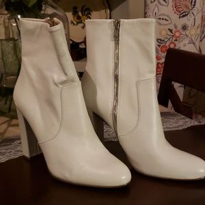 White Steve Madden leather boots